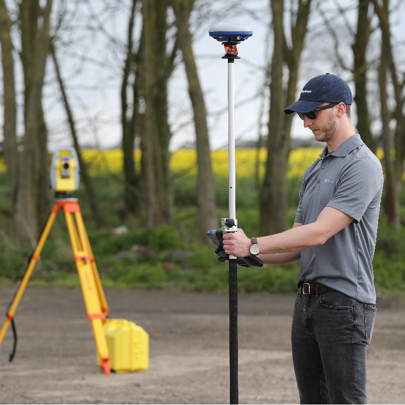 The SurvCE/SurvPC module, Hybrid+, allows you to survey with GPS and Total Station for speed, efficiency and accuracy.
